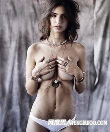 大波的女模特艾米丽·拉塔科夫斯基写真