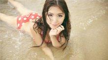 夏季海边比基尼美女御姐范凹凸有致