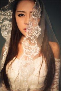 篮球宝贝韩欣茹蕾丝裙诱惑身材写真