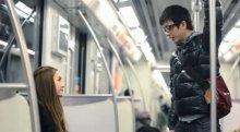 神人地铁把妹 地跌搭讪美女技巧