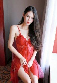 大红蕾丝睡衣美女娇艳风情性感写真