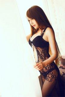 穿连体网丝美女性感妖娆 丝袜美女极具诱惑