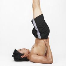 男人预防腰酸背痛  加强背部肌耐力锻炼