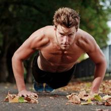做俯卧撑的呼吸方法 俯卧撑正确的健身