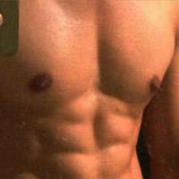 男人胸肌健身计划 分步练出胸肌