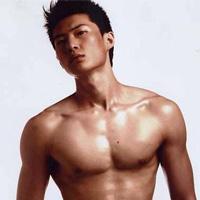 男人练胸肌的方法 肌肉型男炼成术