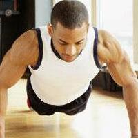俯卧撑如何练胸肌 在家俯卧撑锻炼
