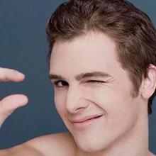 男生油性皮肤去黑头和控油方法