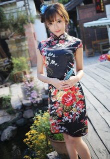 旗袍美女换装 王馨瑶旗袍装美艳动人