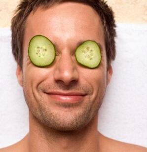 夜间男士护理肌肤方法 让肌肤健康活力
