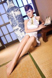 腿长的美女穿旗袍 长腿模特美女写真