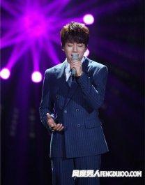 《我是歌手》第四季黄致列走红 韩国只是二三线