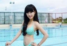 养眼气质美女超瘦身材泳衣照