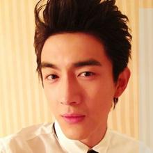 林更新发型盘点 林更新大男孩帅气短发