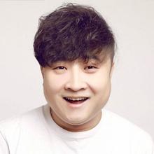 男装周潮男小卷发型  男生发型2016年流行趋势看点