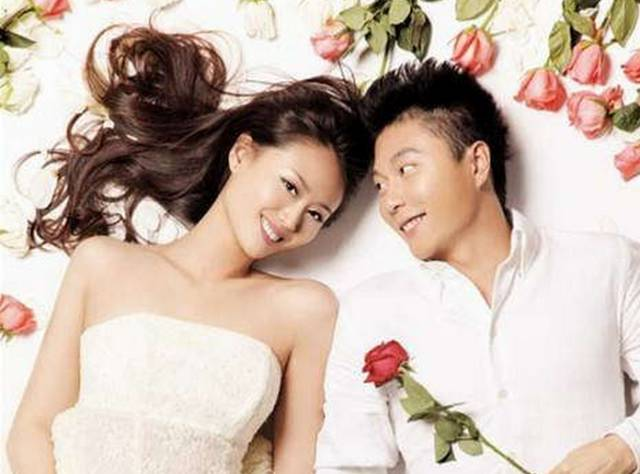 李安琪婚纱照