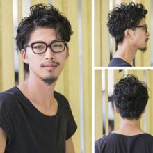 文艺的男生发型 男生短发卷发凸显文艺范