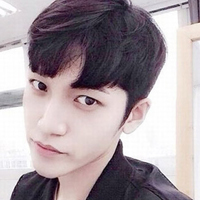 男生清新发型 男生夏季空气感刘海短发