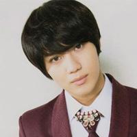 韩式男生短发与脸型设计勾勒出时尚感