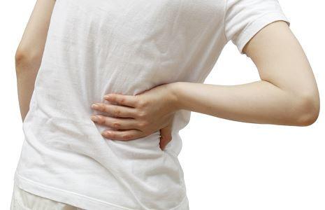 腰扭伤的症状 腰扭伤这么处理最好