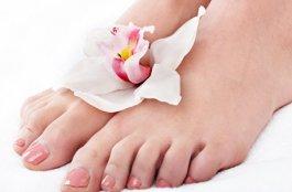 有脚气脚臭怎么办 中西医治疗脚气方法
