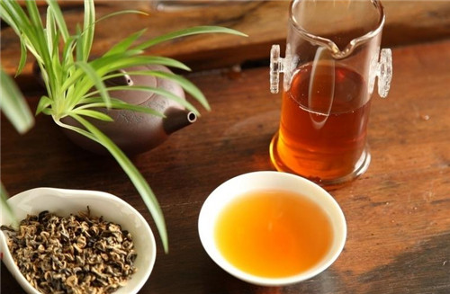 肾结石吃什么好 喝茶巧治肾结石