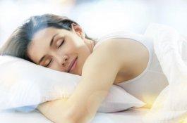睡觉打鼾的原因 睡觉打鼾怎么治疗