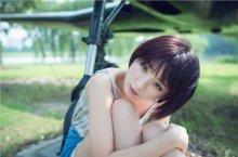 清纯阳光美女清爽短发迷人生活写真