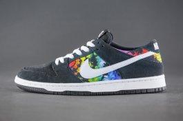 Nike SB黑色麂皮搭配扎染图案鞋款