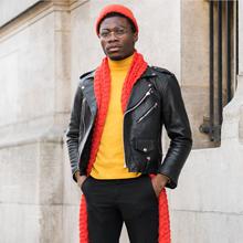 2016年秋冬巴黎时装周型男外场街拍
