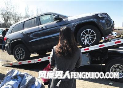 天津港爆炸受损车