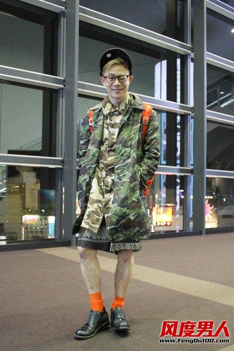 日本25岁潮男时尚博主春天街拍