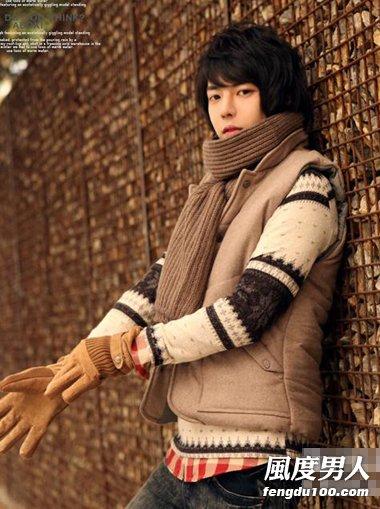 韩国90后男生冬季打扮 做花样美男