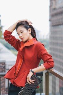 少妇刘涛成熟妩媚优雅街拍 成熟女人的独特魅力