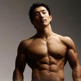 四组动作让男人前臂肌更雄壮