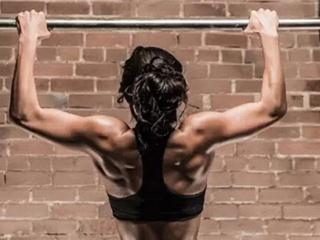 引体向上怎么练 引体向上正握和反握技巧